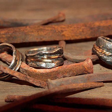 Bagues de style rustique | Le Forgeron D'or - bijoueterie & joaillerie